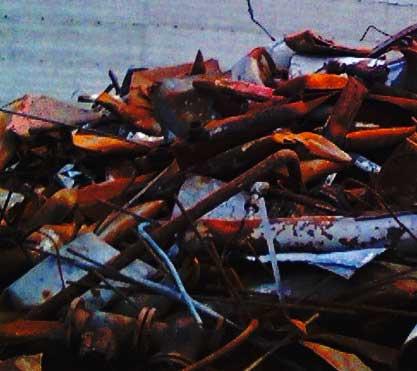 smaltimento ferro Roma: foto ferro vecchio