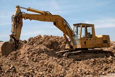 movimento terra Roma: foto di un'escavatore